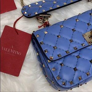 🎉HP🎉{Valentino} Rockstud Matelassé Quilted Bag
